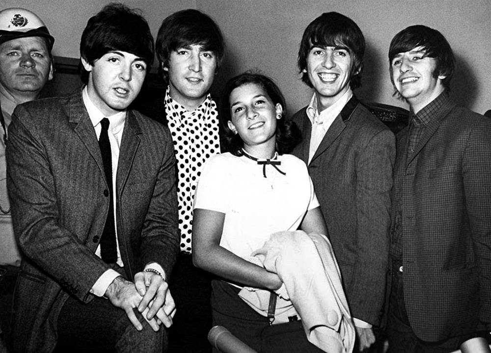 history of the beatles The beatles please please me album features 8 original lennon-mccartney songs including love  beatles history 50th  the beatles manager, brian epstein.